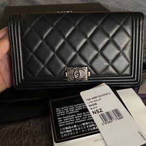 SALE❗️Authentic New CHANEL Lambskin Wallet
